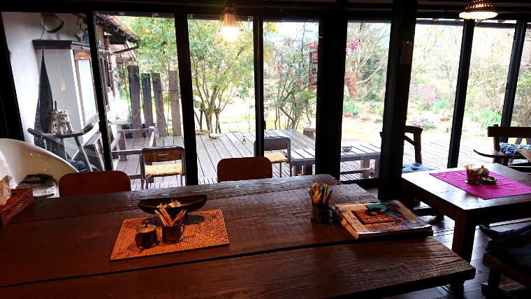 hideout-cafe-fukuoka10