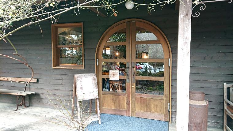 hideout-cafe-fukuoka2
