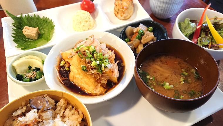 unusual-lunch-cafe-fukuoka18
