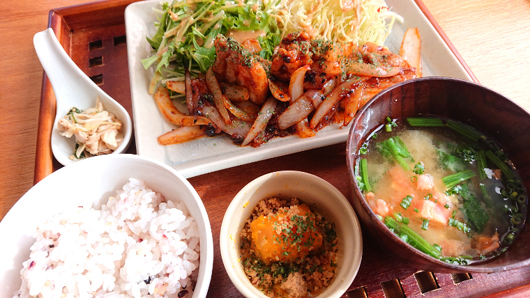 unusual-lunch-cafe-fukuoka3