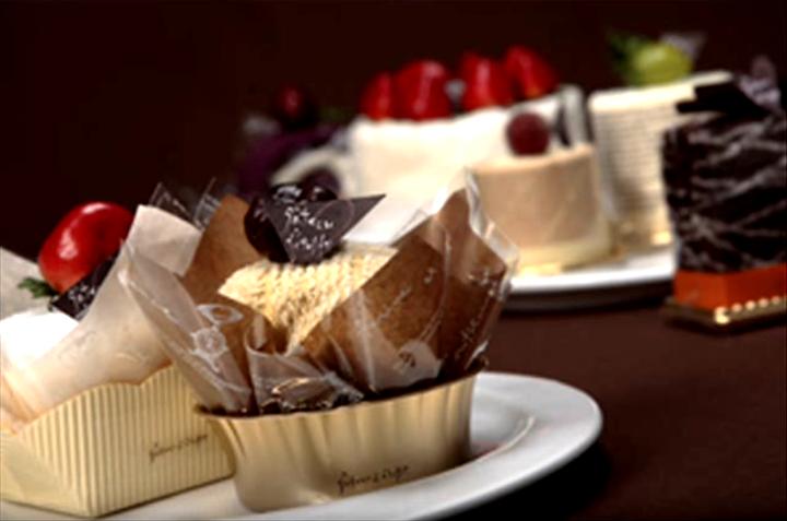 cake-style-birthday-present5