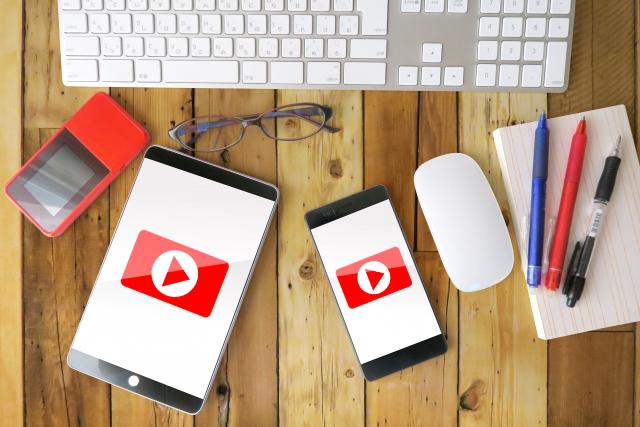 send-video-on-smartphone2